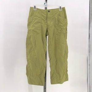 Mountain Hardwear Capris Nylon army Green 6 Pants